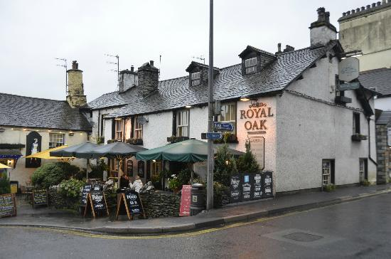 The Royal Oak Resturant & Bar