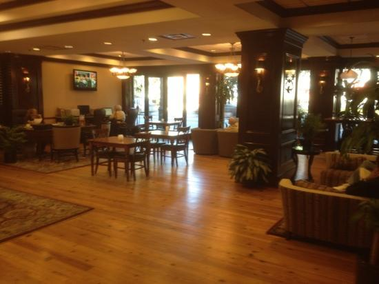 Hampton Inn Savannah - Historic District: lobby