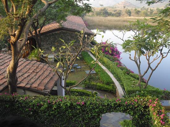 Shikarbadi: iner part of hotel