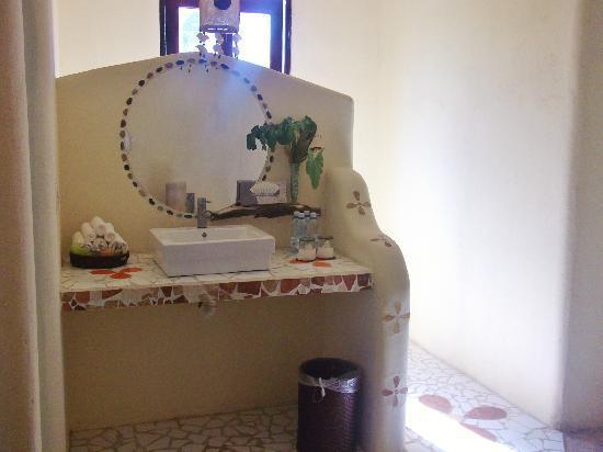 Mestizo Hotel Boutique: Bathroom