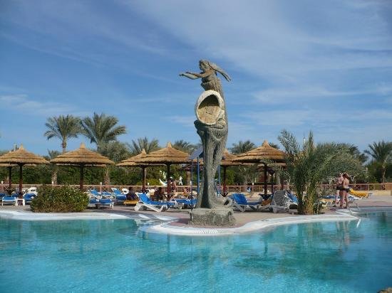 Hurghada SeaGull Beach Resort: русалка