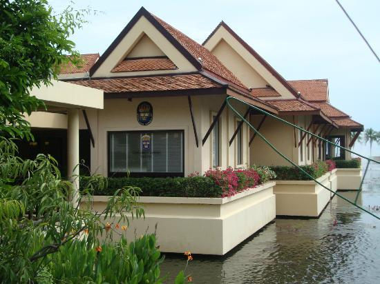 Dusit Thani Hua Hin: The swedish consulate in the hotel