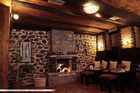 Guest House Bujtina Leon: Lobby