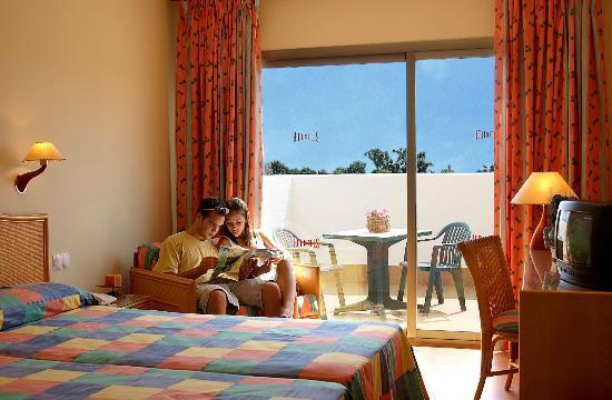 Hotel ATH Roquetas de Mar: Habitación standard