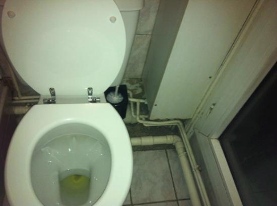 Grand Hotel Magenta : bathroom