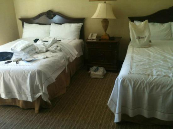 Belterra Casino Resort: Our messy king sized beds