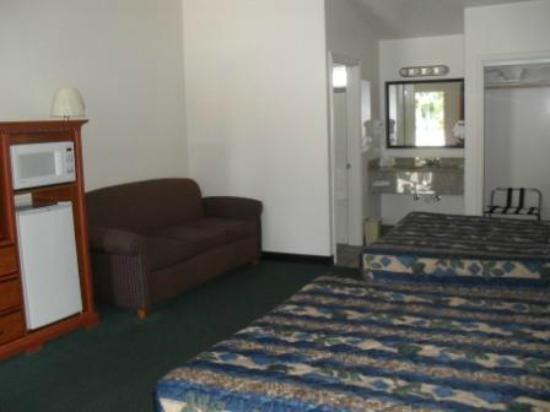 Wild Rivers Motor Lodge: Premium Family Room
