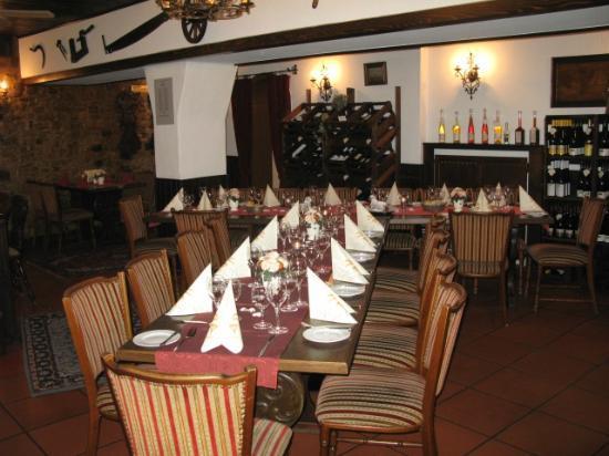 Restaurant Weinstube Zum Landsknecht: Im hinteren Bereich des Restaurants