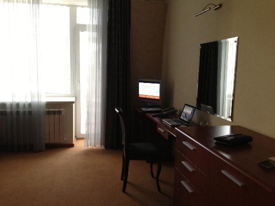 Aurora Hotel: Это ТВ