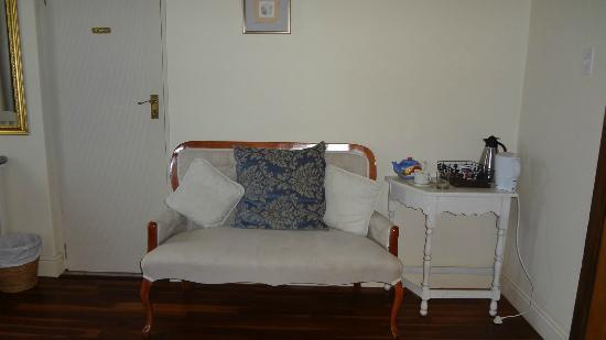 Avalon on Sea Guest House: I need to sit after that walk