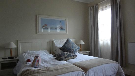 Avalon on Sea Guest House: Comfortable twinbed room