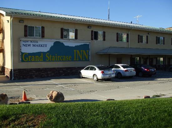 Grand Staircase Inn: Exterior