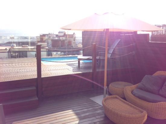 Catalonia Ramblas: Terasse et piscine privé de la suite