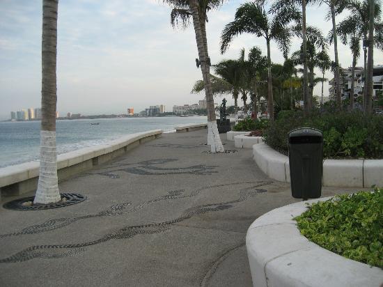 Malecon Boardwalk: The New Malecon