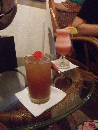Sugar Cane Club Hotel & Spa: Welcome drinks:-)