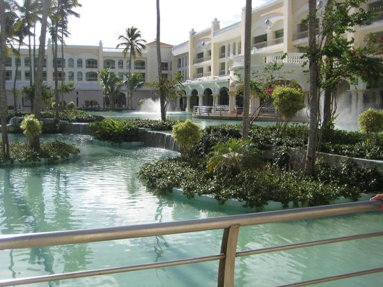 Iberostar Grand Hotel Bavaro: View of grounds & fountains