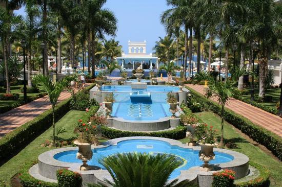 Hotel Riu Palace Pacifico: Jardin