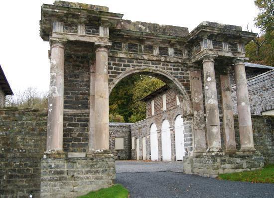 Nanteos Mansion: Entrance to the Stables (now self-catering accommodations)