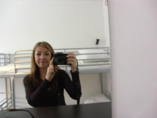 Acco Hostel: dorm