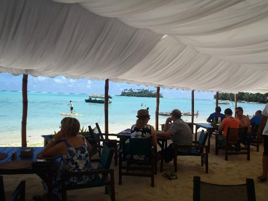 Sandals Restaurant & Barefoot Bar : view sitting under the canape/tent