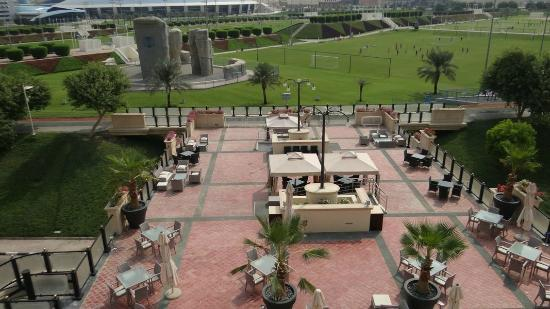 Movenpick Hotel Al Aziziyah Doha: The Blue restaurant from our suite