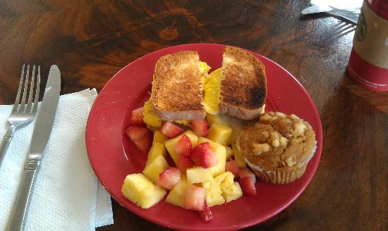 Sweet Marie's Hawaii : Breakfast Sandwich with fruit and mango muffin.