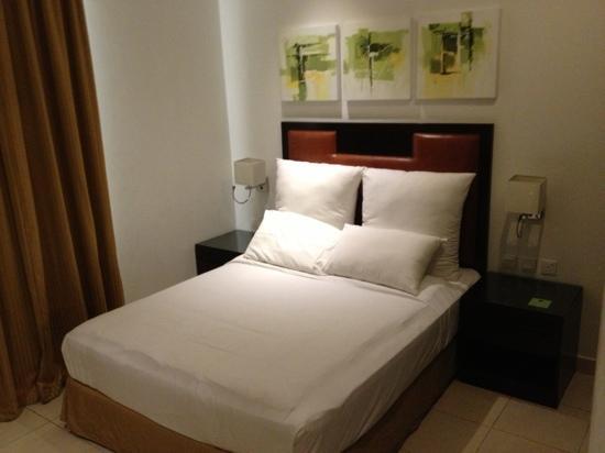 Corp Executive Hotel Doha Suites: غرفة النوم