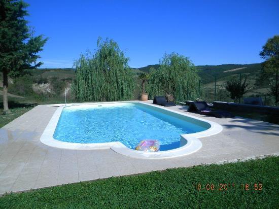 La piscina dell\'Assolatina - Picture of Podere Assolatina ...