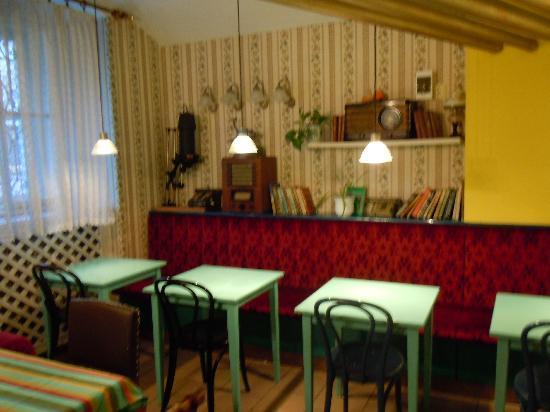 Cafe Verne : Verne