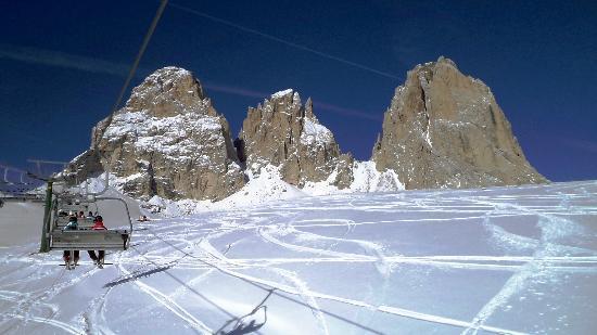 Dolomiti Ski Tour: Col Rodelle