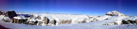 Dolomiti Ski Tour: Pass Pordoi