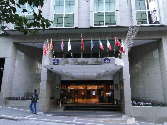 โรงแรมเบสท์ เวสเทิร์น พลัส เ้ดอะ เพรสิเดนท์: Best Western Plus The President Hotel