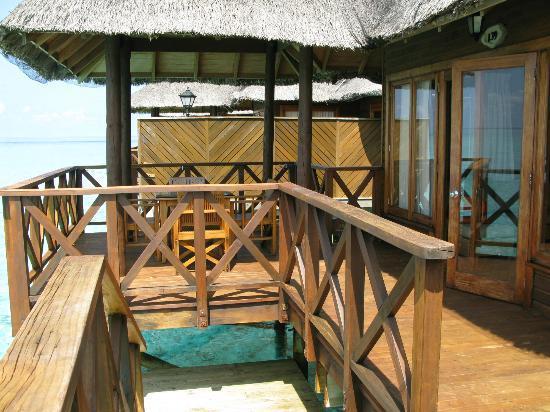 Fihalhohi Island Resort: the veranda - perfect !