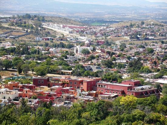 Rosewood San Miguel de Allende: Vista de Rosewood y P. de San Antonio de Padua desde el mirador