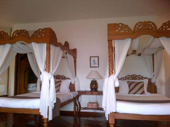 Pearl Farm Beach Resort: Malipano Villa - Guest Room
