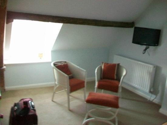 Ty Newydd B & B: Room 3 seating