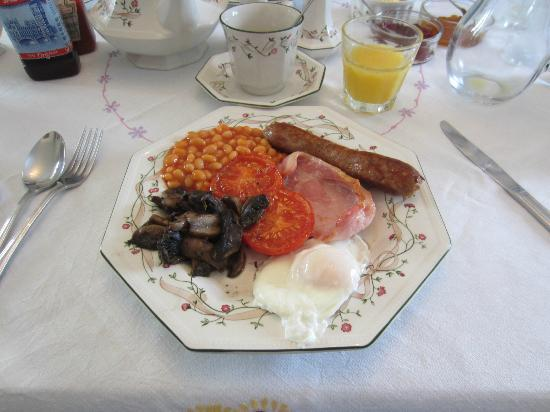 Ty Newydd B&B: Welsh breakfast with local ingredients
