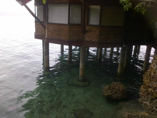 Pearl Farm Beach Resort: Malipano Villa over the water
