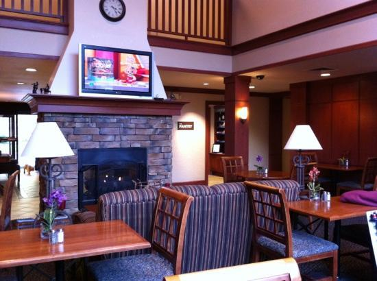 Staybridge Suites Vancouver - Portland Area: Lounge