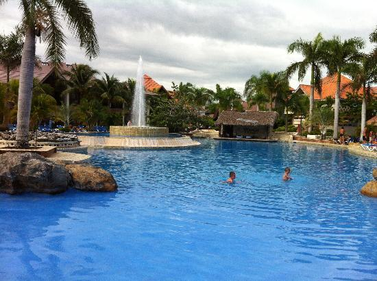 IFA Villas Bavaro Resort & Spa: Piscina principal