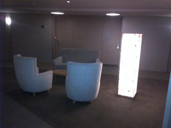 Hotel Camino Real Santa Fe Mexico: Dark Corridors