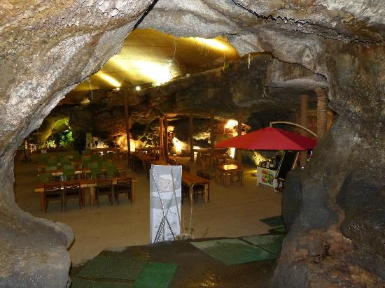 DaHeeYeon: cave cafe1
