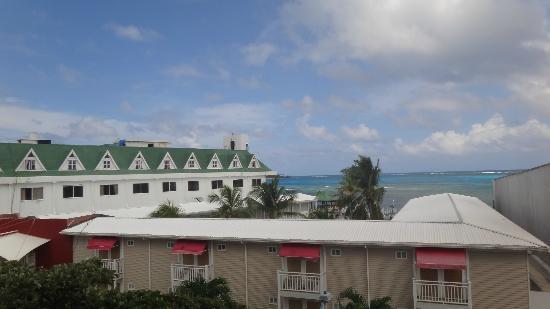 Apartamentos Commodore Bay Club: Vista desde el aparatmento