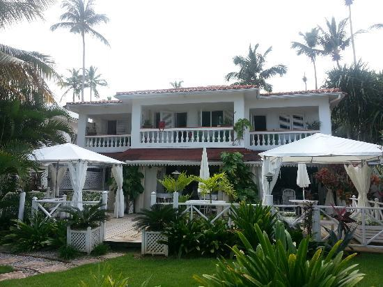 Casa Coson: grounds immaculate and well maintained