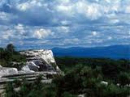 Shawangunk Mountains: Catskills in the distance