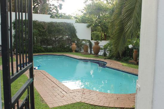 Capital House Boutique Hotel : Pool