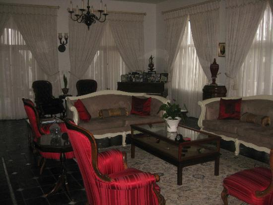 Capital House Boutique Hotel : Living room where we held our party.