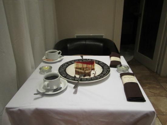Hotel Kutuma: The coffee was delicious and so was the cake
