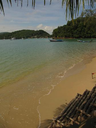 Andaman Sea Club Sailing Charters: Ao Yon beach, Cape Panwa