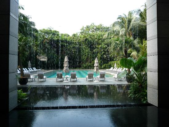 The Ritz-Carlton, Millenia Singapore: プール